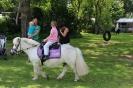 Pony rijden met hemelvaart _5